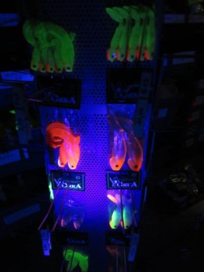 ORKA avec UV rouges, jaunes et verts !!!
