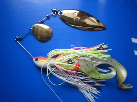 Spinner Bait et DOUBLE TAIL ORKA